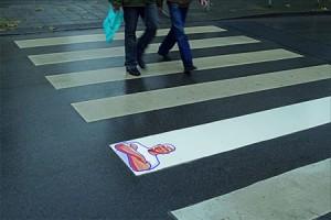 Publicitate pe trecerea de pietoni