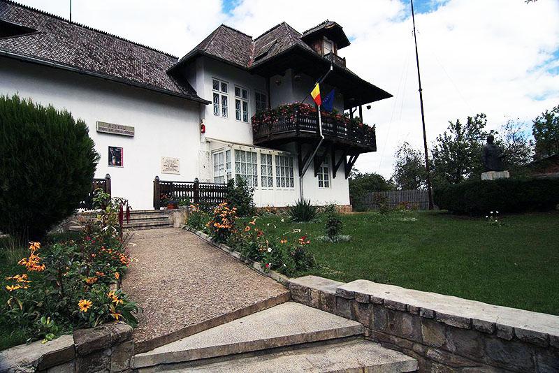 Muzeul Nicolae Grigorescu Sept 2008