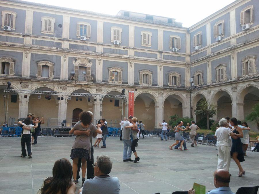 o dupa-amiaza in Catania