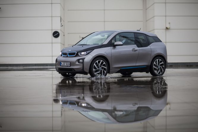 i3, primul automobil electric de la BMW