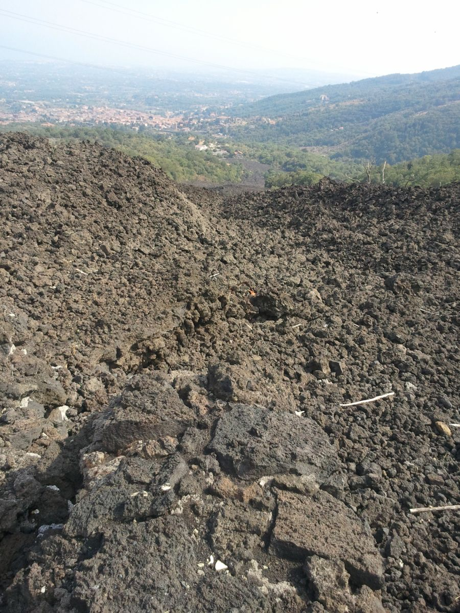 campuri de lava pe Etna- Zaferana