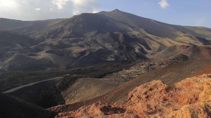 peisaj cratere Etna